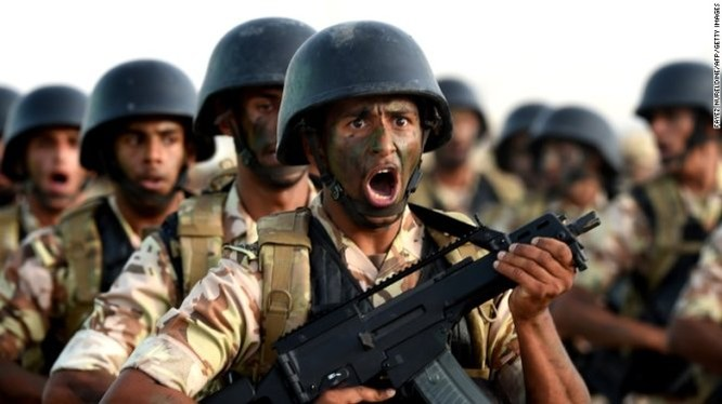 Đặc nhiệm Saudi Arabia tập trận tại Riyadh - Ảnh: CNN