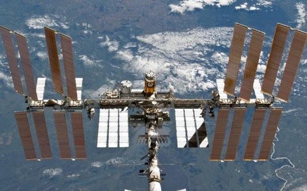 Một vệ tinh quân sự cũ của Nga - Ảnh: NASA