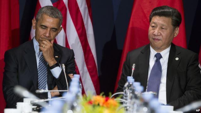 Tổng thống Mỹ Barack Obama gặp Chủ tịch Trung Quốc Tập Cận Bình bên lề hội nghị COP 21 ở Paris, ngày 30.11.2015.