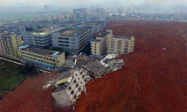 Cận cảnh vụ lở đất kinh hoàng tại Thâm Quyến trưa ngày 20.12