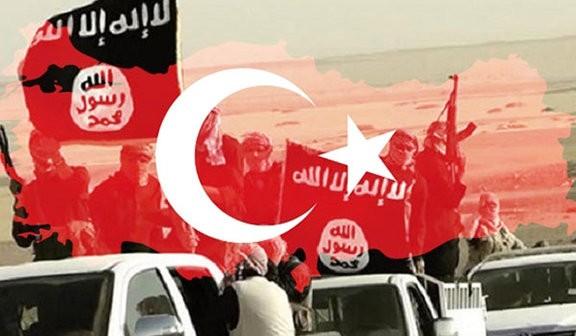 Chiếc điện thoại của một trong những tên chỉ huy của IS tiết lộ việc Thổ Nhĩ Kỳ chống lưng cho IS - Ảnh: Fars News Agency