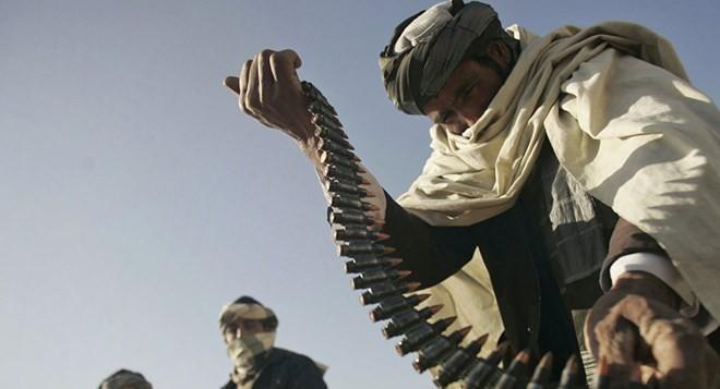 Lực lượng Taliban ở Afghanistan đang giao tranh với Nhà nước Hồi giáo tự xưng IS.