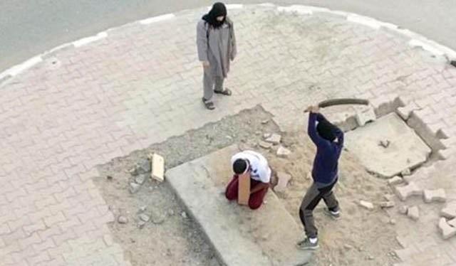 IS hành quyết 10 phiến quân vì bỏ trốn khỏi chiến trường.