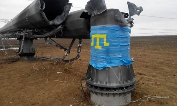 Nhóm của Lenur Islyamov đã phá hoại dường dây dẫn điện tới Crimea