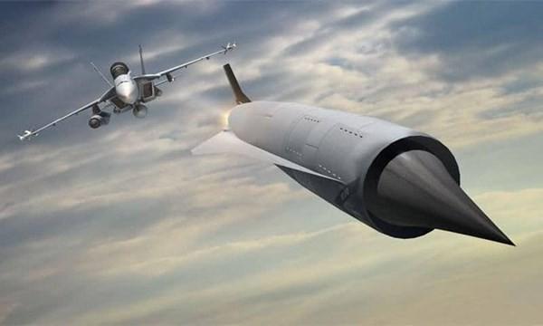 Nga sử dụng công nghệ Pháp chế tạo tên lửa: Lấy độc trị độc