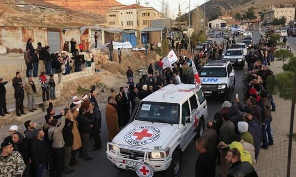 Đoàn xe sơ tán chiến binh nổi dậy Syria của Liên Hợp Quốc