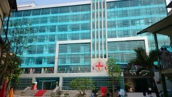 Hiện 51,43% cổ phần của bệnh viện đa khoa cấp I có số vốn điều lệ 168 tỷ đồng này do Tập đoàn T&T của bầu Hiển sở hữu.