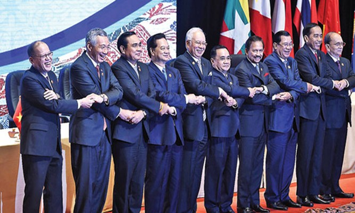Việc thành lập Cộng đồng ASEAN mở ra triển vọng phát triển to lớn cho các thành viên. Ảnh minh họa: TodayPost