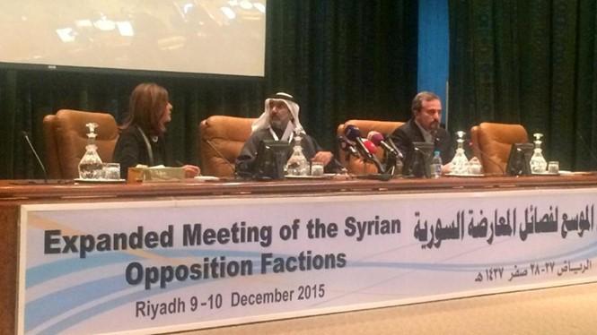Syria thả hai lãnh đạo đối lập