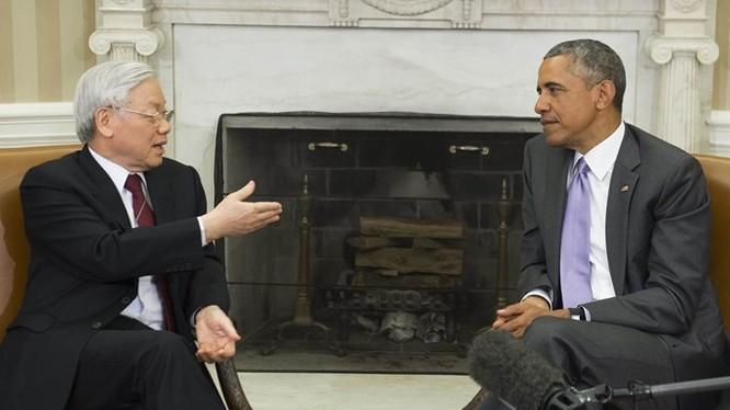 Tổng Bí thư Nguyễn Phú Trọng hội đàm cùng Tổng thống Hoa Kỳ Barack Obama tại Phòng Bầu dục ở Nhà Trắng, thủ đô Washington ngày 7.7.2015 - Ảnh: AFP