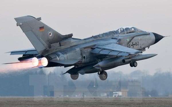 Máy bay Tornado của Đức cất cánh từ căn cứ Jagel tới căn cứ quân sự của NATO ở Thổ Nhĩ Kỳ ngày 5/1. (Nguồn: AFP/TTXVN)