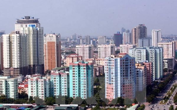 Khu đô thị Trung Hòa-Nhân Chính nằm theo trục đường Lê Văn Lương, 1 tuyến đường kết nối quan trọng trung tâm Hà Nội với các quận Thanh Xuân, Hà Đông. (Ảnh: Huy Hùng/TTXVN)