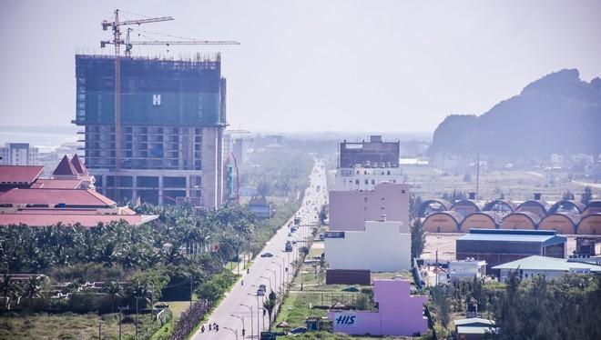 TP Đà Nẵng sẽ rà soát, thẩm định các dự án có khả năng ảnh hưởng đến quốc phòng, an ninh. Ảnh: Đoàn Nguyên.