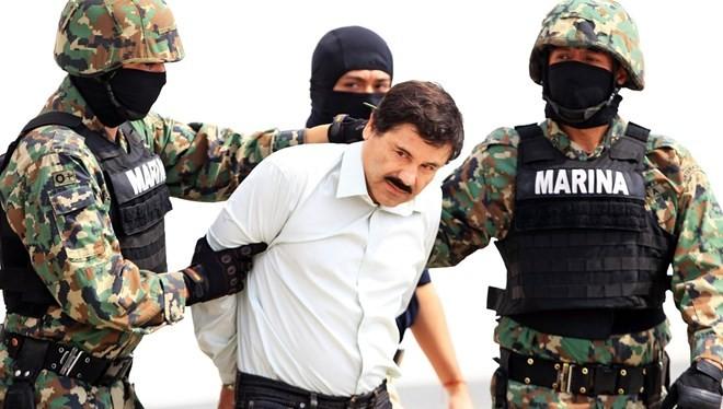 """Bố già"" ma túy Guzman bị bắt"
