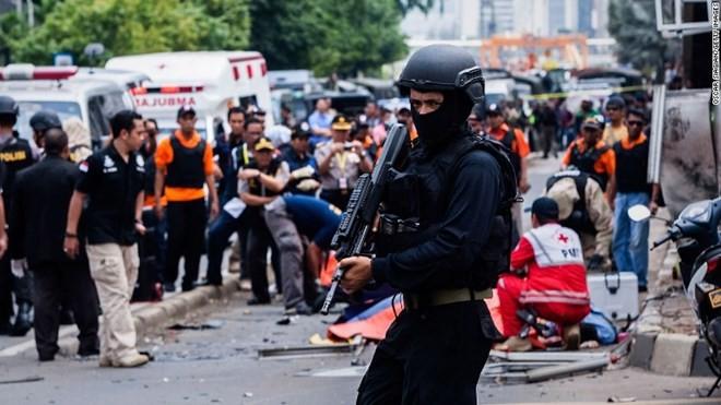 Hiện trường vụ tấn công liên hoàn ở Jakarta. Nguồn: CNN