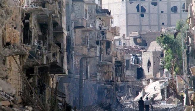 Cảnh hoang tàn ở thành phố Deir Ez-zor. (Nguồn: AFP)
