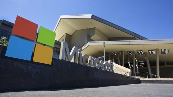 Microsoft đang lên kế hoạch về một thương vụ mua bán lớn đầu năm 2016 - Ảnh: AFP