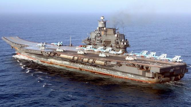 Tàu sân bay Đô đốc Kuznetsov của Nga, ảnh chụp năm 2008