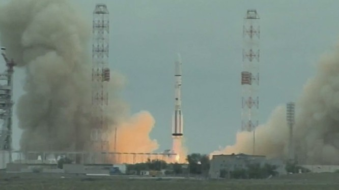 Clip hiếm toàn cảnh sân bay vũ trụ mới của Nga