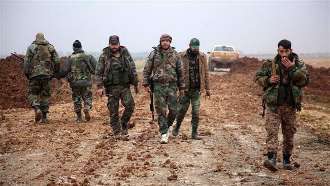Lực lượng chính phủ Syria tại khu vực phía Nam của thành phố al-Bab, tỉnh Aleppo, Syria. (Nguồn: AFP)