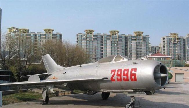 """Những chiếc J-6 nguyên bản của Trung Quốc """"mất tích"""" gây ra nhiều đồn đoán."""