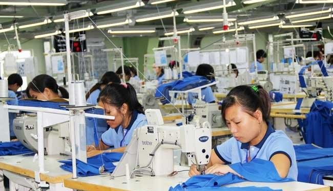 Dệt may là một trong nhóm mặt hàng có kim ngạch xuất khẩu cao của Việt Nam trong năm qua - Ảnh: Quốc Hùng