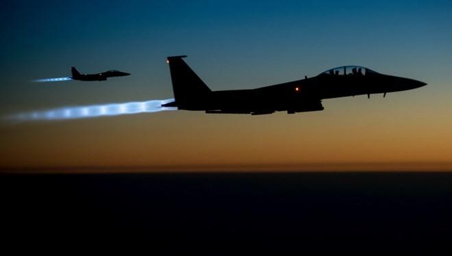 Máy bay Mỹ tiến hành không kích tại Libya. (Ảnh: Reuters)