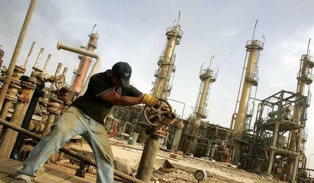 Giá dầu thấp dẫn đến tình trạng khủng hoảng ngân sách tại Iraq.