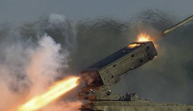 """Tin nóng 24h: Hai bộ """"canh"""" vé xe; Trung Quốc đe bắn chìm tàu Mỹ; Thổ cố tăng căng thẳng, Nga """"vừa đánh vừa đàm"""" ở Syria"""