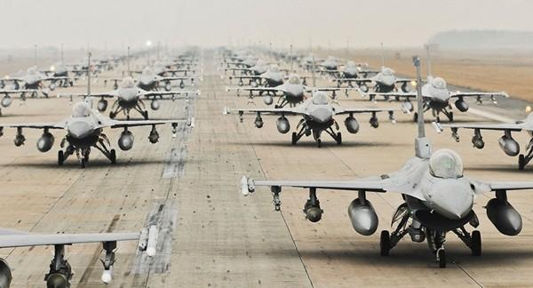 Mỹ nâng cấp rada cho tiêm kích F-16