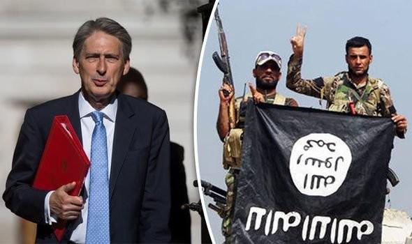 Bộ Ngoại giao Anh cho biết nước Anh sẽ không điều quân chống IS tới Libya nhưng sẽ gửi vũ khí hỗ trợ cuộc chiến chống lại IS tại đây - Ảnh: Express