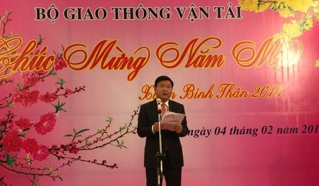 Ủy viên Bộ Chính trị, Bộ trưởng GTVT Đinh La Thăng phát biểu lần cuối trên cương vị Bộ trưởng GTVT, chia tay cán bộ của ngành trong buổi gặp mặt tất niên tối 4/2/2016