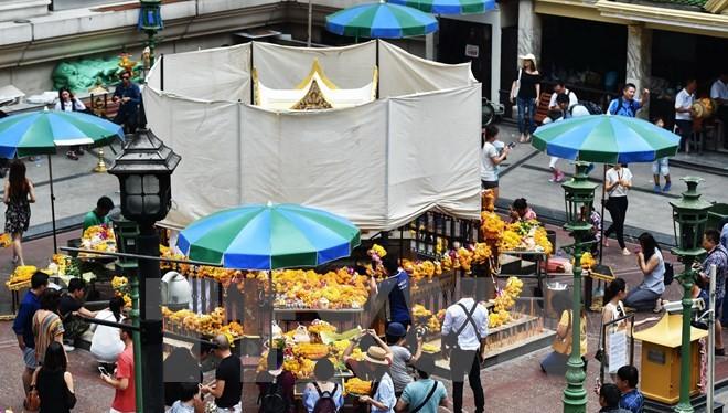 Khách du lịch tại thủ đô Bangkok, Thái Lan. (Nguồn: THX/TTXVN)