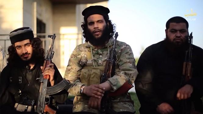Phiến quân IS. Ảnh: Alarabiya.net