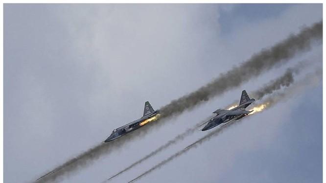 """Bom Nga hủy hoại """"tinh thần"""" phiến quân và liên minh chống Assad"""