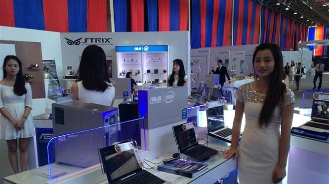 (C) SGTO Thị trường bán lẻ trực tuyến Việt Nam ước đạt 10 tỉ đô la Mỹ vào 2020 - Ảnh: Vân Ly