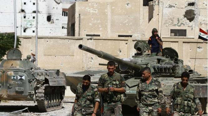 """Tin nóng 24h: Chảo lửa Syria nguy cơ bùng nổ chiến tranh thế giới; Trung Quốc """"đâm sau lưng"""" Nga; Ba mục tiêu hội nghị thượng đỉnh Mỹ - ASEAN; """"Hai lúa"""" chế xe bọc thép"""