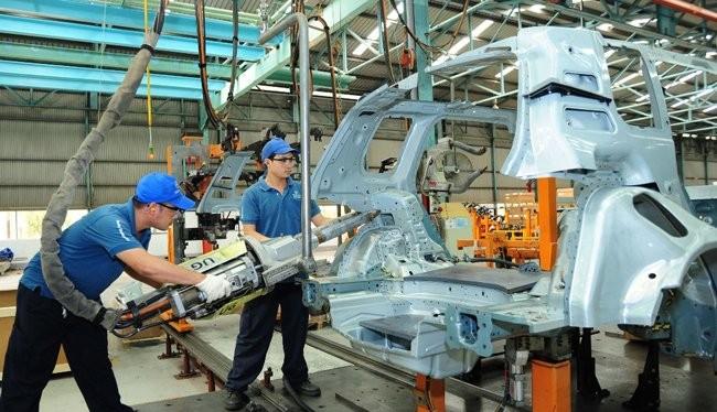 Lắp ráp sản xuất ô tô của một liên doanh ô tô tại Việt Nam - Ảnh minh họa: Hùng Lê