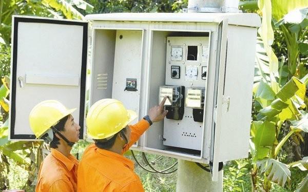 Ngành điện lại muốn thay đổi cách thức điều chỉnh giá bán lẻ điện - Ảnh:TL