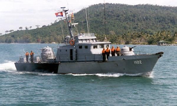 Tàu tuần trra của hải quân Campuchia