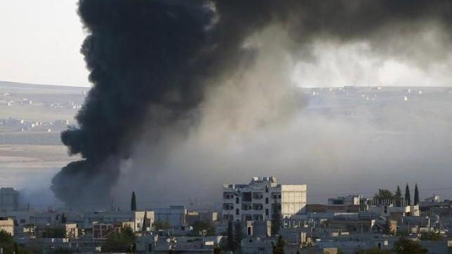 Sau một đợt không kích chống IS của Mỹ ở Syria - Ảnh: AFP