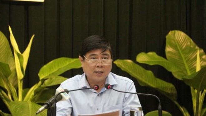 Chủ tịch UBND TP.HCM Nguyễn Thành Phong chỉ đạo tại cuộc họp đầu năm với các quận-huyện và sở-ngành sáng 18-2. Ảnh: TÁ LÂM