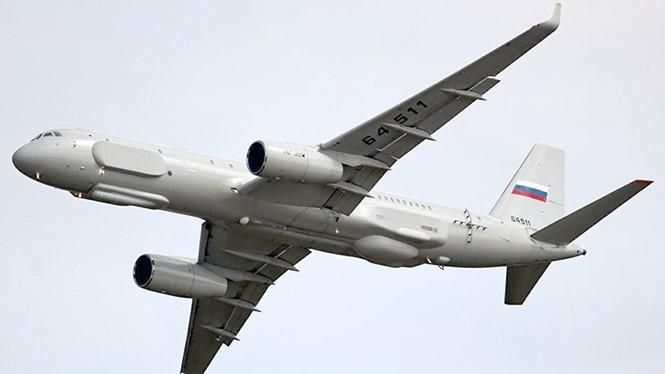 Nga đề nghị được bay do thám nước Mỹ bằng máy bay gắn các thiết bị quang - điện tử hiện đại nhất. Trong ảnh là loại Tu-214R hiện đại nhất có thể chụp ảnh được cơ sở nằm sâu 10 m dưới lòng đất