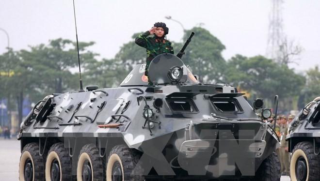 Xe bộ binh bánh lốp (BTR-60PB) của Bộ Tư lệnh Thủ đô. (Ảnh: Doãn Tấn/TTXVN)
