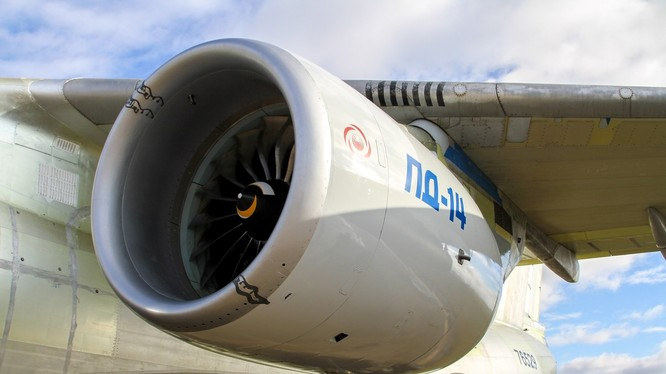 Video Nga sắp hoàn thành các thử nghiệm động cơ máy bay mới
