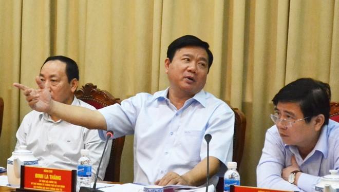 Bí thư Đinh La Thăng phát biểu tại hội nghị. Ảnh: V.Thuận.