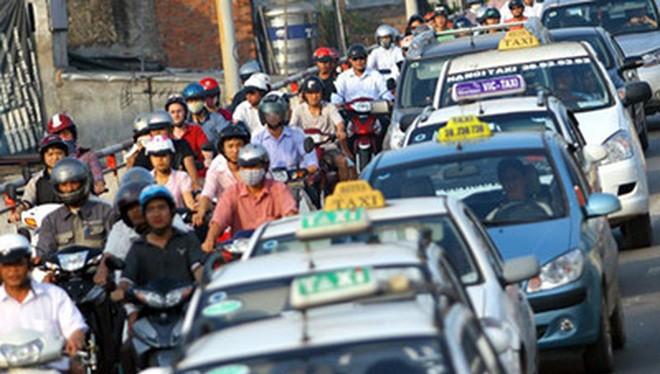 Giá cước vận tải bằng xe ô tô thực hiện theo cơ chế thị trường. (Ảnh minh họa: KT)