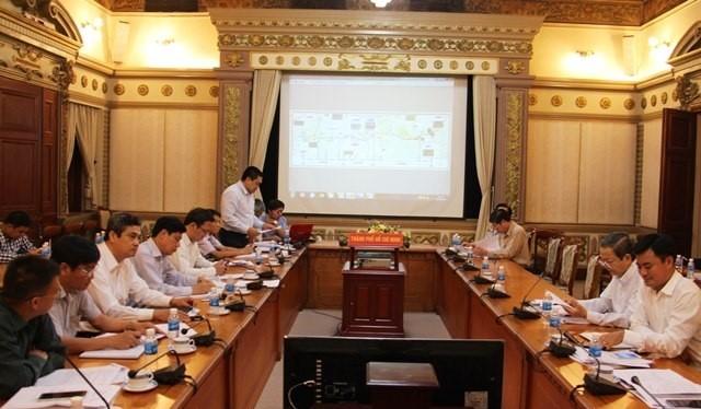Thứ trưởng Bộ GTVT Nguyễn Ngọc Đông làm việc với lãnh đạo UBND TP HCM, tỉnh Bình Dương về các dự án trọng điểm triển khai trên địa bàn hai địa phương chiều 26/2.