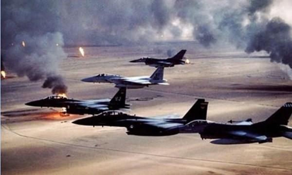Máy bay Liên quân ném bom trong Chiến dịch Bão táp sa mạc – chứng minh sự sai lầm trong ảo tưởng của Saddam Hussein. Ảnh: Internet.
