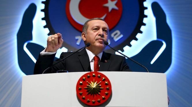 Thổ Nhĩ Kỳ đang trên đà sụp đổ